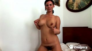 Housewife With A Very Hairy Bush Makes A Sex Tape