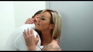 Glamour Alone MILF Abbey Brooks fucks the delivery guy