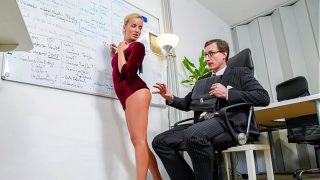 Beauty Victoria Pure hot blowjob and fuck at office