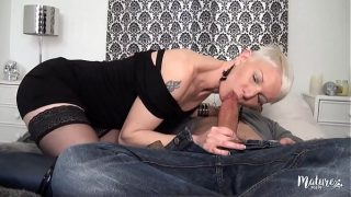 Cock hungry mature woman, gets caught up in all the holes