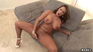 Sexy Lady Trina Michaels Finger Fucks Her Cunt
